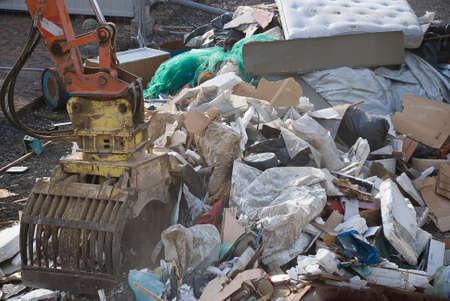 landfills: Bucket move items in Landfills