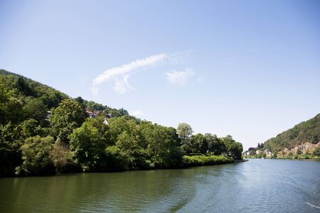 View on the natural riverbanks at the neckar in heidelberg germany Stockfoto