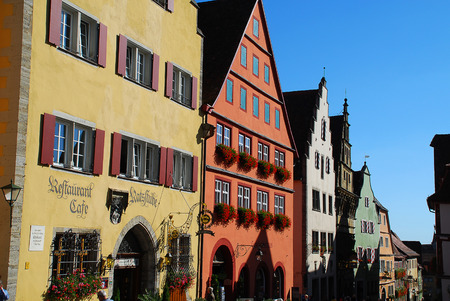 Rothenburg ob der Tauber, Germany: Rothenburg's market square is the hotspot for locals and guests from all around the world