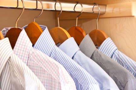shirt hanger: hanging shirts