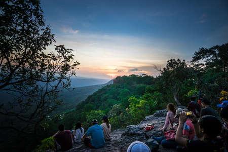 kradueng: People waiting time the Sunset at Phu Kradueng.