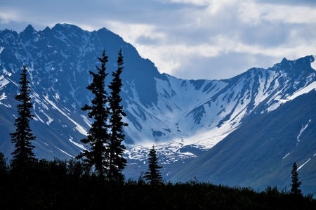 Große Berg Standard-Bild - 24043882
