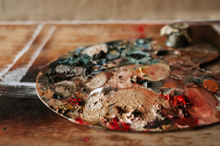 Image of painters palette.
