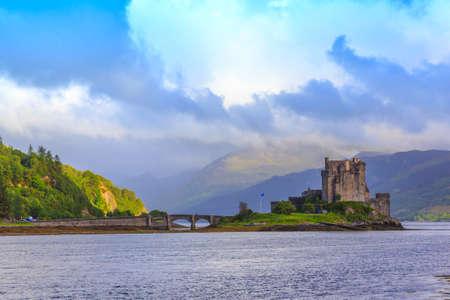 highlander: Eilean Donan Castle, the 13th-century castle. Scotland,