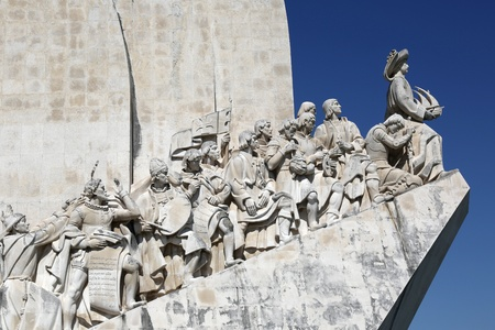 descubridor: Monumento a los conquistadores en Belem en Lisboa Portugal
