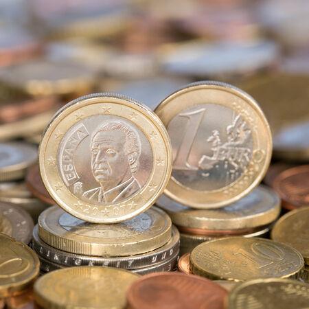 european union currency: Una moneda de un euro de la moneda de los pa�ses miembros de la Uni�n Europea Espa�a