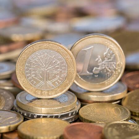 european union currency: Una moneda de un euro de la moneda de los pa�ses miembros de la Uni�n Europea Francia