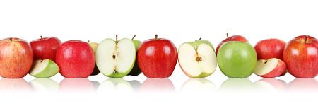 manzana: Fresco frutas manzana manzanas frontera en una fila aislados en un fondo blanco