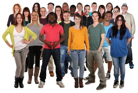 Grote multi-etnische groep van lachende jonge mensen geïsoleerd op een witte achtergrond
