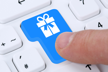 christmas shopping: Gifts gift online shopping ordering internet shop on computer