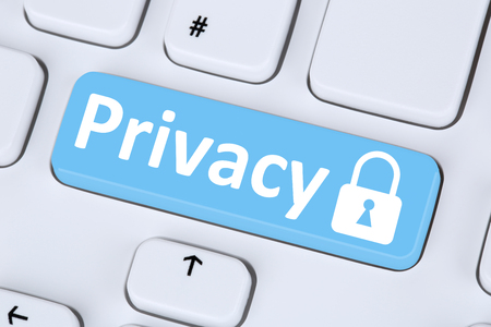 Privacy computer security on the internet lock icon data protection Foto de archivo