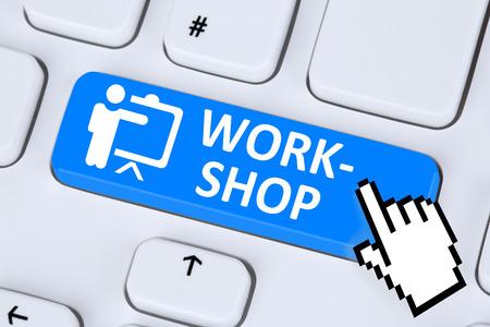 internet education: Workshop training learning education technology online on internet Stock Photo
