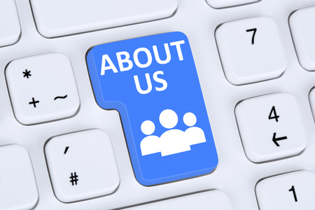 customer support: About us page website information info company employees team presentation on internet Stock Photo