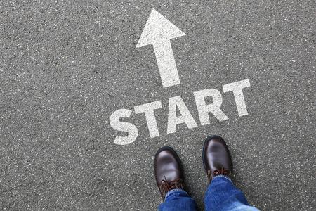 Starten Start beginnen Geschäftsmann Business-Mann-Konzept Karriereziele Motivation Vision beginnen