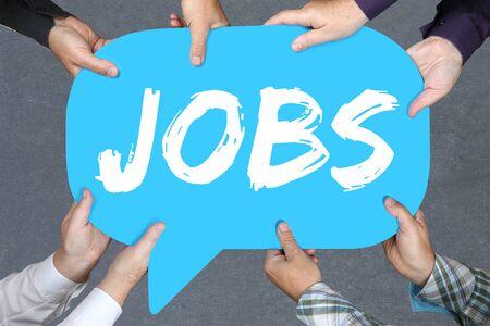 empleados trabajando: Grupo de personas que llevan a cabo las manos con los puestos de trabajo de palabras, los empleados de reclutamiento de trabajo de empleo concepto de negocio