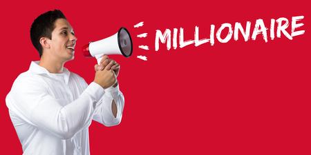 millonario: Millonario éxito rico riqueza éxito las finanzas concepto de la dirección de negocios joven megáfono megáfono Foto de archivo