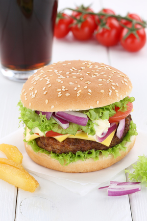 fast meal: Cheeseburger hamburger menu meal combo cola drink fast food