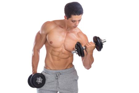 fitness hombres: músculos bíceps culturismo culturista cuerpo formación constructor edificio mancuerna aislado en un fondo blanco