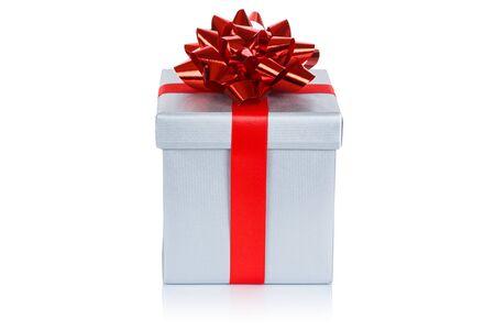 Christmas present birthday gift silver box ribbon isolated on a white background 版權商用圖片