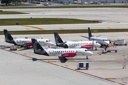 Fort Lauderdale, Florida – April 6, 2019: Silver Airways Saab 340 airplanes at Fort Lauderdale airport (FLL) in the United States. 報道画像