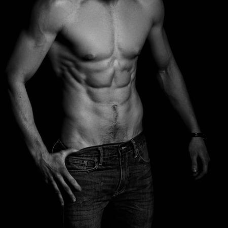 uomo nudo: Forte atletico uomo torso Archivio Fotografico