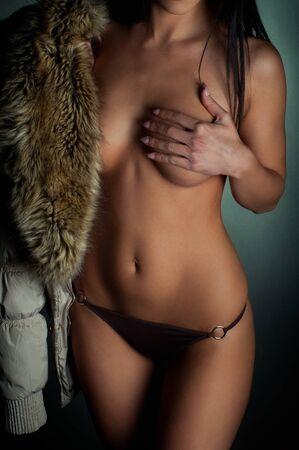 tetas: Detalle atractivo de un cuerpo de la niña Foto de archivo