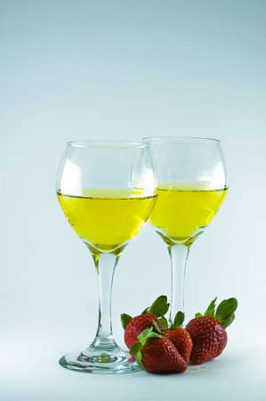 Valentines Day Wine and Strawberries Stok Fotoğraf - 2377394
