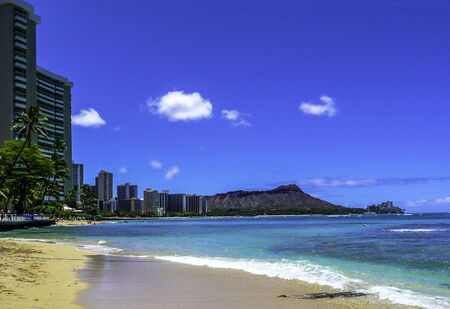 Waikiki Beach, Hawaii With Diamond Head In Background