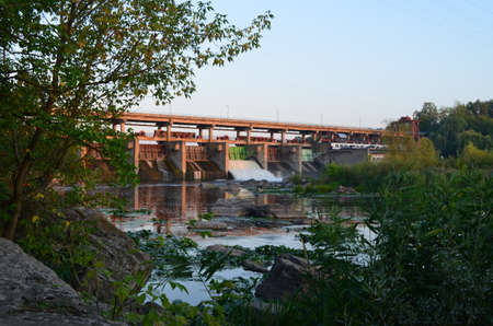 effusion: Dam on river
