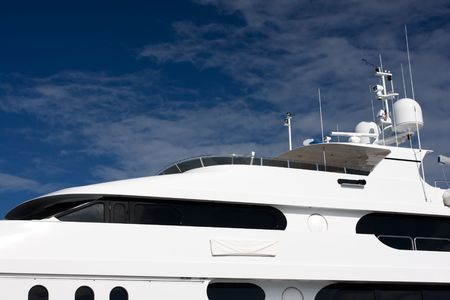 super yacht: flying bridge di bianco mega yacht