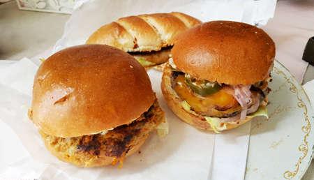 Tasty Hamburgers with Veal Meat and Vegetables Zdjęcie Seryjne