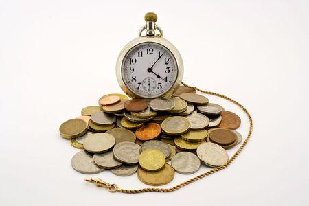 金の fob 囲まれて、世界のコインとアンティークの懐中時計