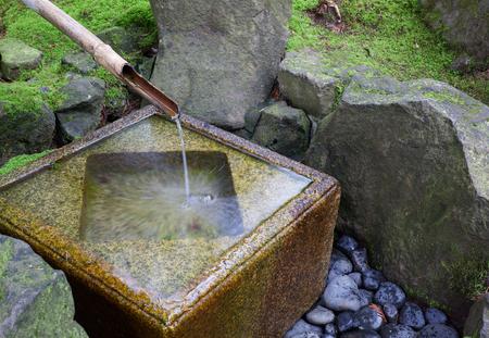 Slow shutter shot of Japanese water fountain Banco de Imagens - 29655337