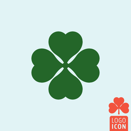 clover icon: Clover icon. Clover logo. Clover symbol. Ireland symbol. Leaf clover icon isolated, minimal design. Vector illustration