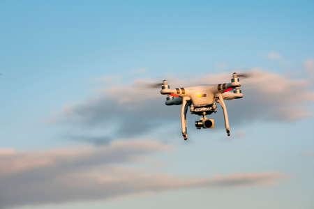 dron Editorial