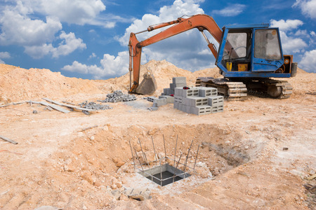 digging: Digging sewage pipes
