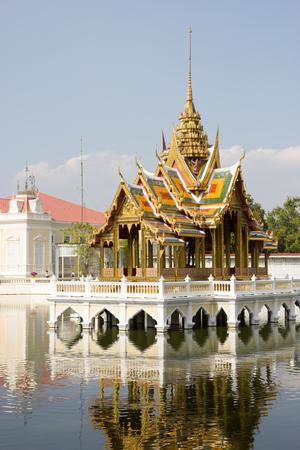 bang pa in: Bang Pa-In Palace Stock Photo