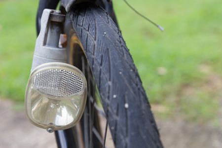 Bicycle light dynamo