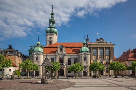 Church and town hall in Pszczyna, Silesia, Poland Stockfoto