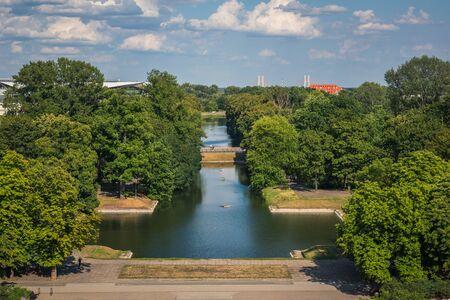View from the Ujazdowski Castle on the Piaseczynski channel in Warsaw, Poland Standard-Bild