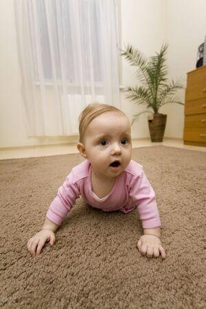 giggle: Baby heaving fun in home