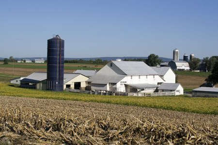 county: Amish farm in Lancaster, PA