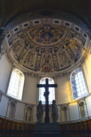 vaulted ceiling: Vaulted ceiling at Trier Cathedral in Germany