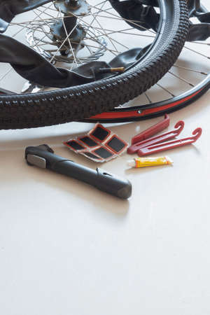 Tools for repairing leaky bicycle cameras 版權商用圖片