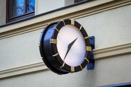 a clock at a house Reklamní fotografie