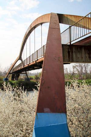 Details of a bridge, bridge pier