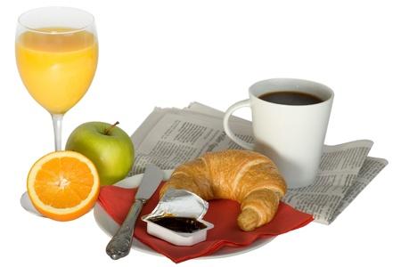 papas doradas: un tradicional desayuno americano de sunny side up huevos, tocino, embutidos, hash browns y tostada untado con mantequilla. Foto de archivo