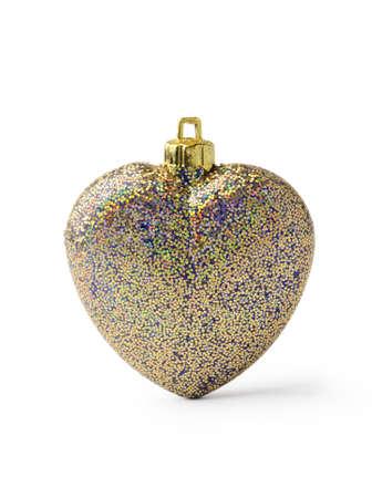 multi colour: En forma de bola multicolor coraz�n de la Navidad aislado en el fondo blanco