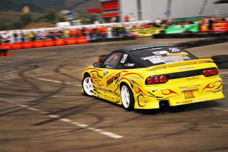 Nissan Skyline drifting at King of Europe-19.09.2009