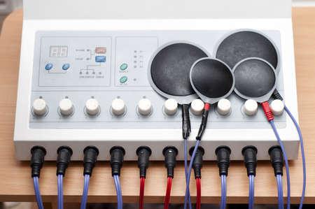 excitacion: Dispositivo de electroestimulaci�n se utiliza en el campo m�dico para problemas musculares